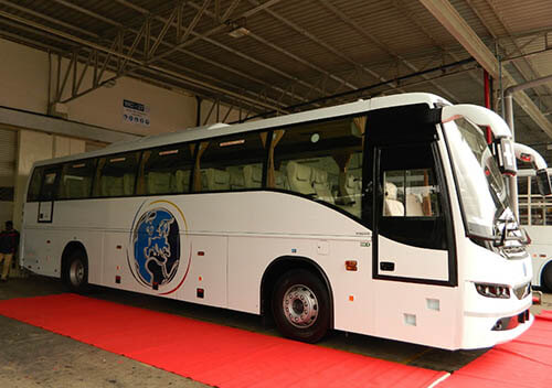 Luxury Bus Rental for Airport Pickup